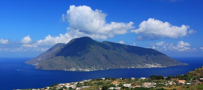 Foto Terza Tappa Salina – 17° Giro Podistico delle Isole Eolie